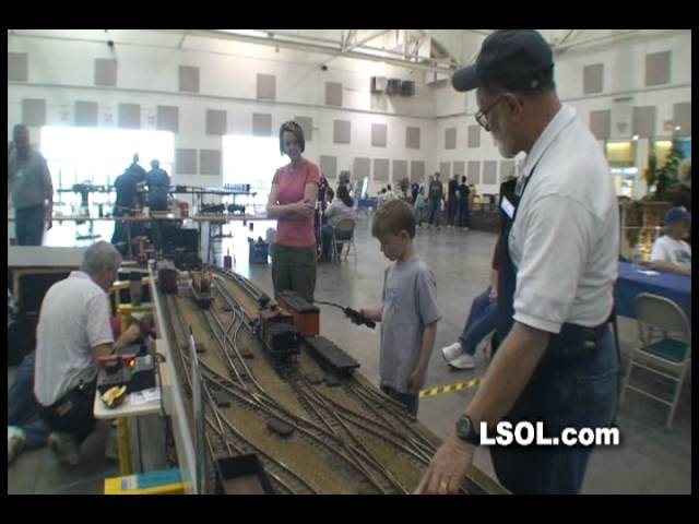 Model Railroads: Large Scale Trains Time Saver by Ric Golding