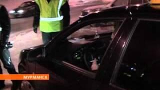 В Мурманске автомобилист воюет с сотрудниками ГИБДД