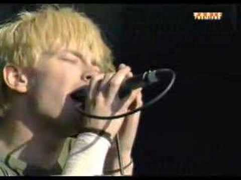 Radiohead - Bones (Live at the Forum)