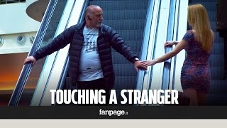 Touching Stangers' Hands On Escalator -Prank