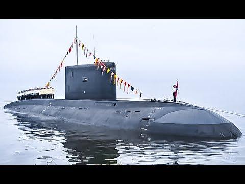 Дизельная подводная лодка / Russian diesel submarine