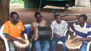 nouveauté Zouglou. DYNAMIC dans (reconciliation et paix en côte d'ivoire).wmv