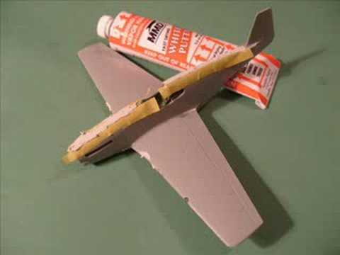 ACADEMY / REVELL 1/72 P51 B Mustang - A Twin Building Review