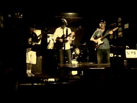 Shuffle Brothers Blues Jam @ The Big Fish 5/12/13 vid 3