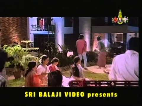Yeto Vellipoyindi Manasu Ninne Pelladatha video
