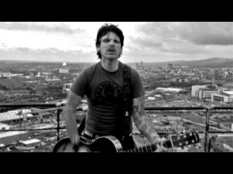 download song here: http://itunes.apple.com/gb/artist/ricky-warwick/id5544141 MUSIC VIDEO FOR THE WHISKEY SONG BY RICKY WARWICK, SHOT ON TOP OF HARLAND AND W...