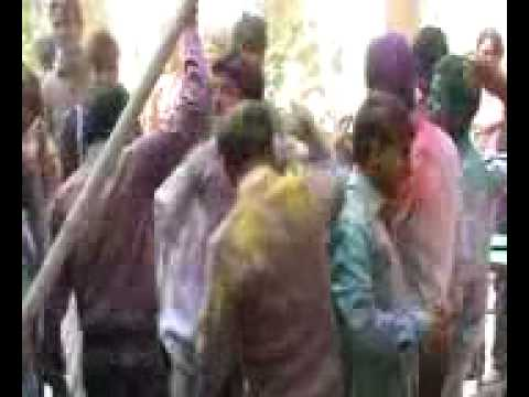 Holi at Ishan Institute Greater Noida Rang Barse...Song Dance...