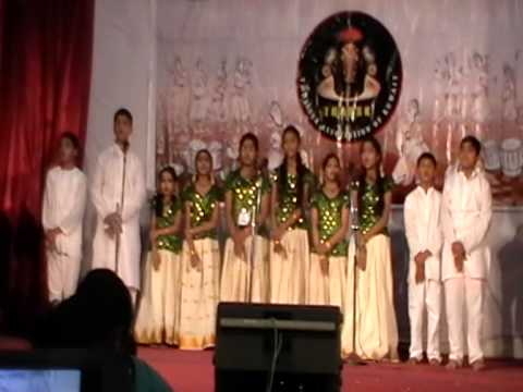 Salmiya Kids - 1st Prize In Group Song  - Trassk Kalolsavam 2014 video