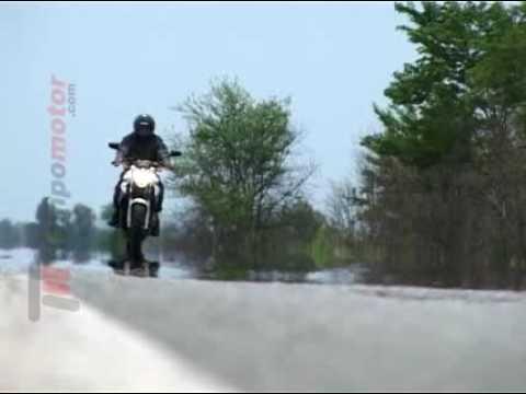 Test Yamaha XJ6 N: Se le puede animar hasta un principiante