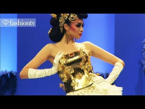Tsai Meiyue Wedding Dress Collection for Spring/Summer 2012 - China | FashionTV ASIA