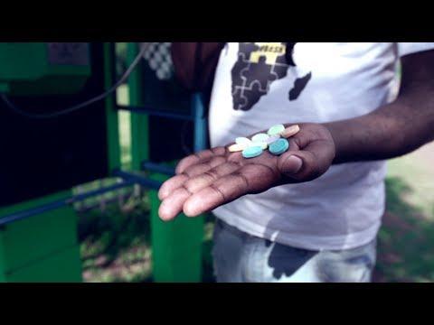 DJ Twitty ft Mampintsha, Bhar and Sir Bubzin - Zulu Moto