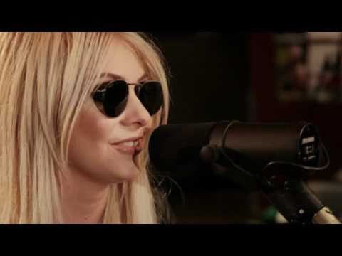 The Pretty Reckless - Miss Nothing (Down the Front Session) Music Videos