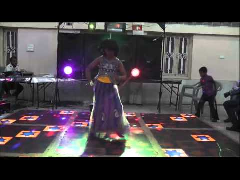 Aayushi Dancing On Radha Teri Chunri From Student Of The Year 2012 Hindi Movie. video