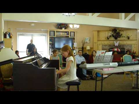 Music classes for kids, piano teacher, music lessons for kids.