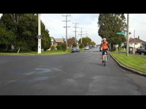 Auckland Cycling - The Auckland Transport Guide