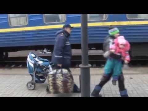 Refugees Escape Donbas: More refugees leave eastern Ukraine's conflict zone for safety