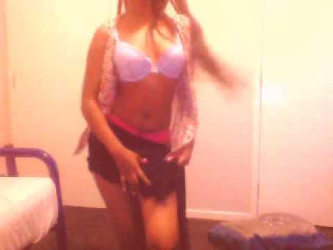 Somali Girl From SWEDEN dancing funny thumbnail
