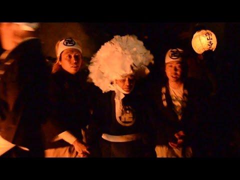 岡山の奇祭、走るゴーサマがお遊び 逃げなきゃ不幸に