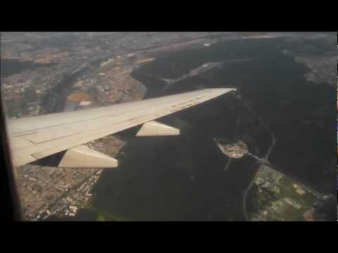 Air Algérie Boeing 737-600 landing at Paris CDG