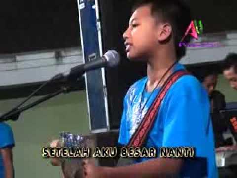 download lagu Pangeran Dangdut gratis