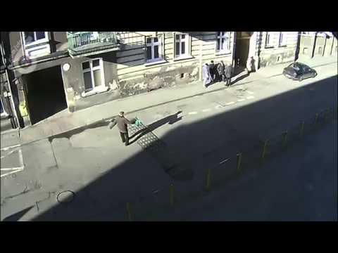 15. Пьяный дед vs лежачий полицейский