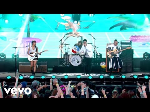 DNCE - Cake By The Ocean (Live From Jimmy Kimmel Live!)