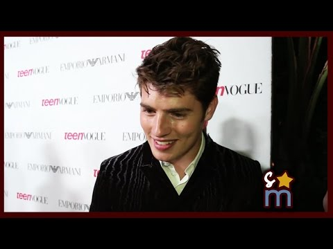 Gregg Sulkin's Sexy Smolder & Talks Fifth Harmony, Faking It Intersex Storyline video