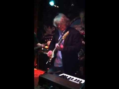 Rolling Stones Guitarist Mick Taylor at Pappy & Harriet's Nov. 25, 2011