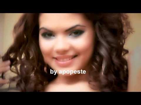 TOATE POZELE DIN TELEFON VIDEOCLIP 2012