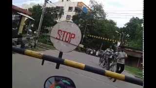 Why Train Accident happens at Rail Gate / Railway Crossing in India