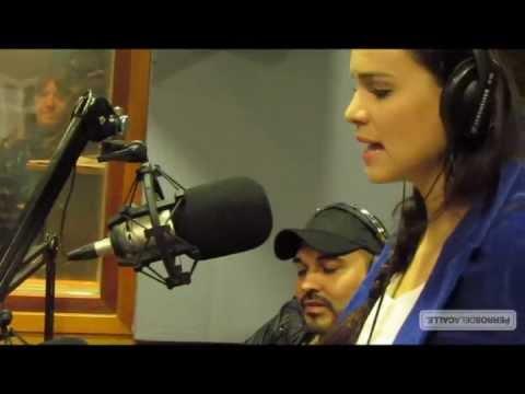 Luz Cipriota canta
