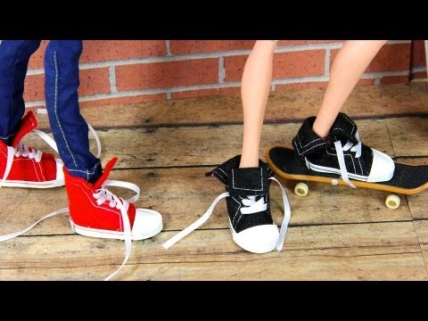 How to Make Doll Shoes : Sneakers