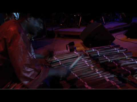 Thumbnail of video New Sound 6: KOUYATE NEERMAN - Boloba (live)