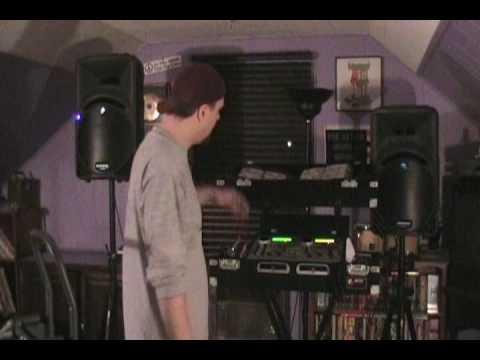 DJ Tutorial for Beginners: Equipment / BPMs