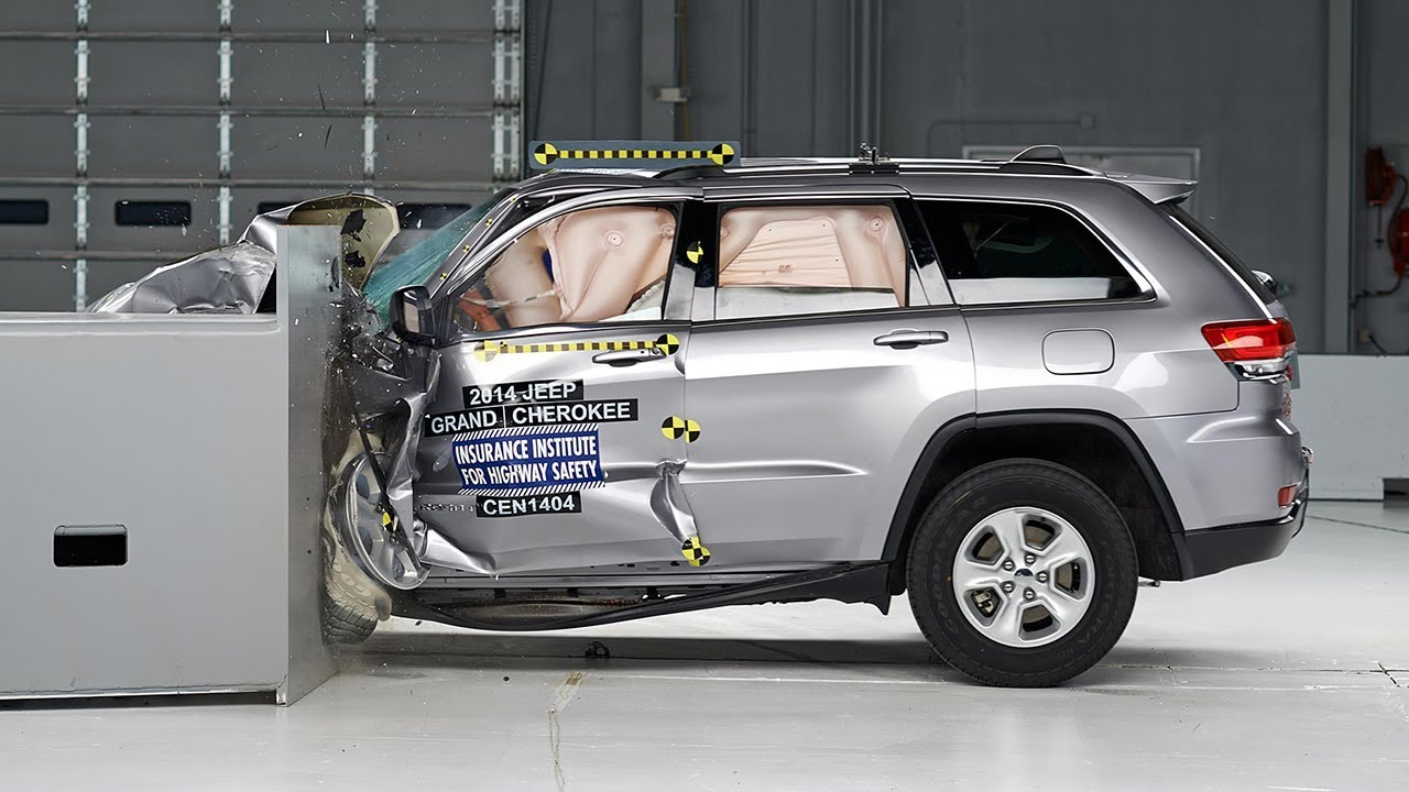 2014 Jeep Grand Cherokee Small Overlap Iihs Crash Test