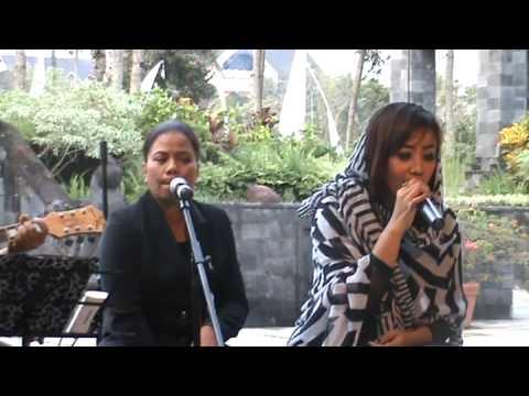 SurgaMU - UNGU cover by Brilliant Acoustic Jogja