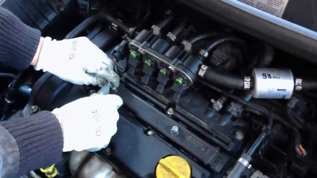 Sostituzione Candele Opel Corsa D 1 2 Benzina Anno 2008