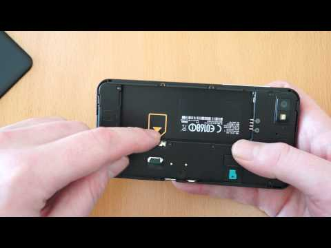 BlackBerry Z10 How to remove the battery cover and inserting SIM card