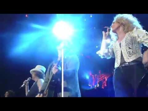 Sugarland & Little Big Town - Like a Prayer (Madonna Cover) - Jacksonville, FL 3/12/11