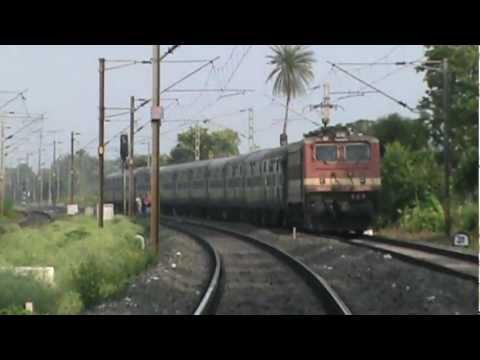 Mgs Wap-4 Curves With Gurumukhi Express At 100+ Km hr Past Balarambati On Hb Chord video