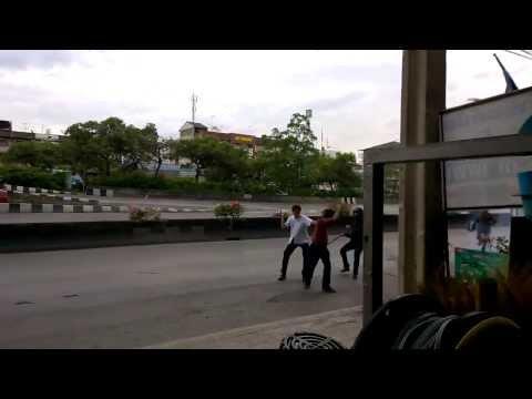 นักเรียนตีกัน กรุงธน vs สยาม