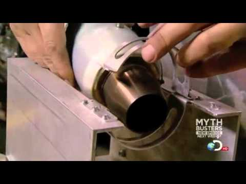 Mythbusters - Awesome Jet Engine Powered Skateboard