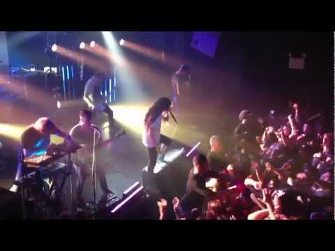 Underoath farewell tour NYC Writing on the Walls HD