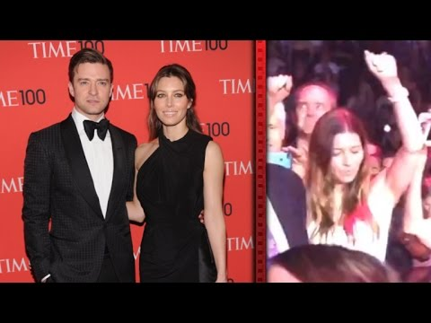 Jessica Biel Shows Off Her Dance Moves at Justin Timberlake Concert