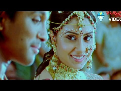 Allu Arjun Wedding With Bhanu Sree In Varudu video