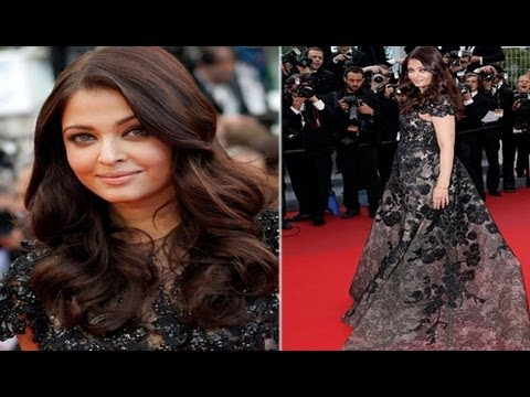 Aishwarya Rai Bachchan Makes Grand Entry At Cannes 2013
