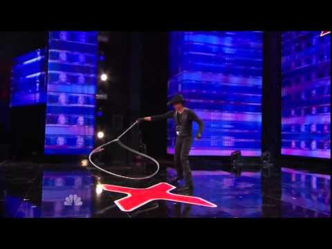 America's Got Talent 2014 - Auditions - Loop Rawlins