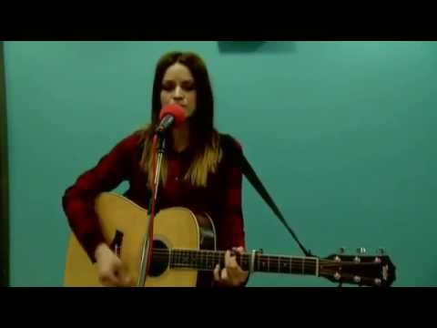 Amy Macdonald Interview And Session BBC Radio Scotland