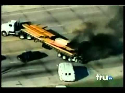 truTV   Hot Pursuit   Police Chase A burining Truck