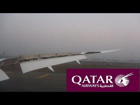 Landing Delhi 787 Qatar Airways